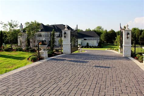 driveway design on hill driveway styles landscaping gardening ideas