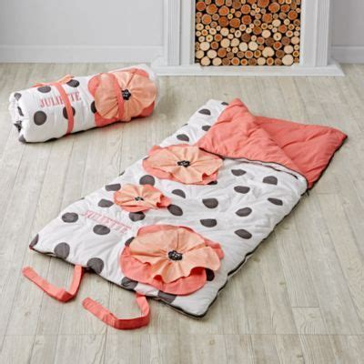 Land Of Nod Nap Mat by 1000 Ideas About Sleeping Bags On Nap