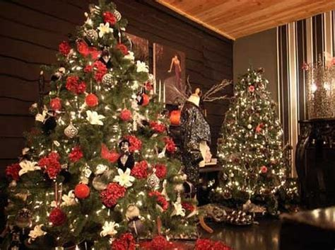 24 beautiful christmas tree pictures creative