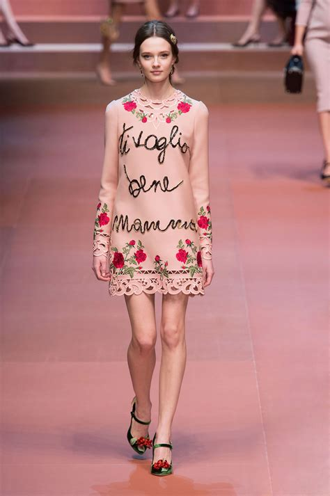 fall look 2015 dolce gabbana beauty dolce gabbana fall 2015 runway pictures stylebistro