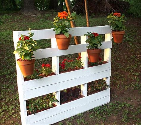 wood pallet wonders diy projects for home garden holidays and more books wooden pallet vertical garden ideas recycled things