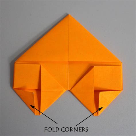 Folding Paper Toys - toys from trash