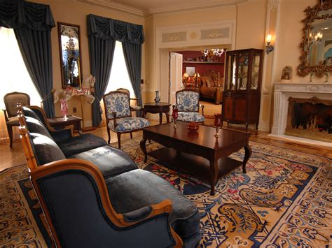 livingroom suites mouseplanet photo tour disneyland s new disneyland