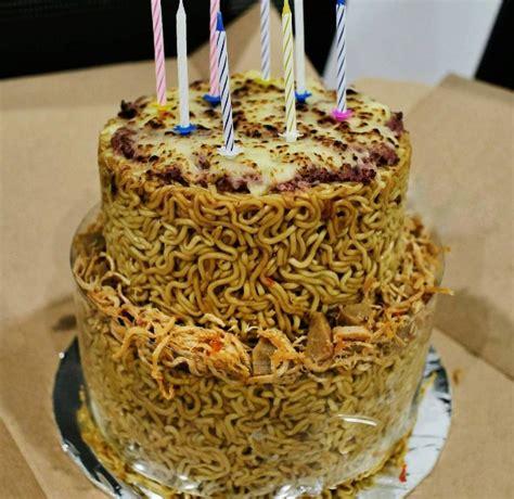 mi goreng cake ideas and designs dear pecinta micin kue ulang tahun mi goreng ini cocok