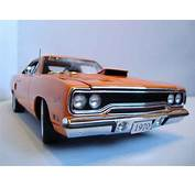 Plymouth GTX Miniature Road Runner 1970 Limited Edition Of