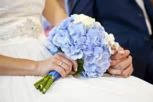 bouquet di fiori per sposa come scegliere il bouquet da sposa perfetto unadonna