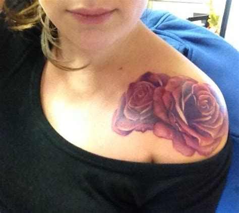 pinks tattoo on her shoulder top 10 pink tattoo designs matching tattoos tattoo and