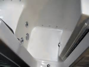 Bathtub With Door Walk In Tub Walk In Tubs