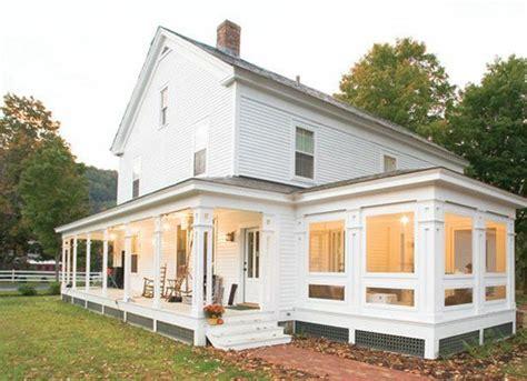 Sunroom In House 18718154675189236 Beautiful Farmhouse With Four Season