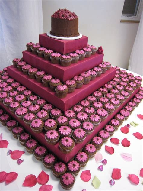 egagement cakes theme best cupcakes mumbai 18   Cakes and