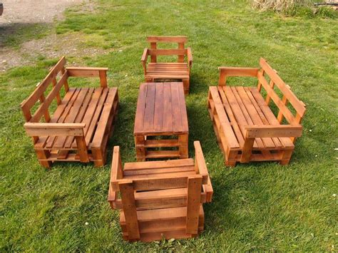 Upcycled Garden Furniture Ideas Upcycled Pallet Garden Furniture Set Pallet Furniture Diy