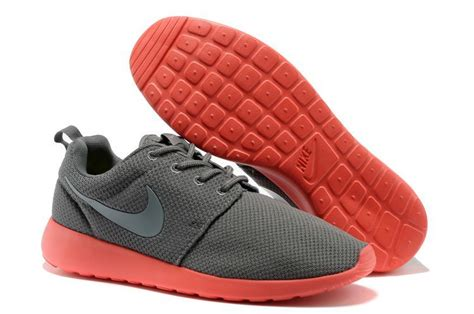 mens fashion nike roshe run grey black coral running