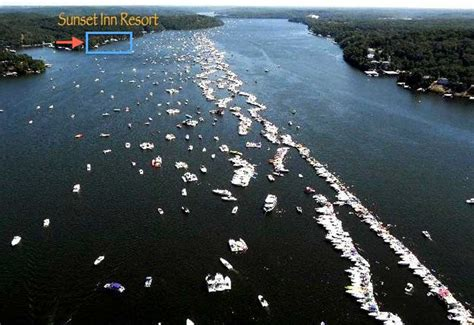 lake of the ozarks boat races 2017 lake of the ozarks shootout boat races sunset inn resort