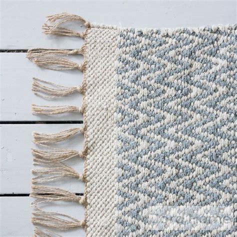 grauer teppich läufer grau grauer geometrischer chevron teppich jordhome