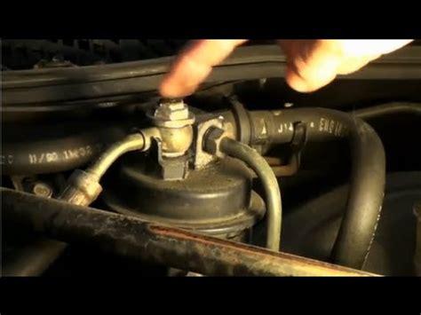 quick check for fuel pressure honda/acura ericthecarguy