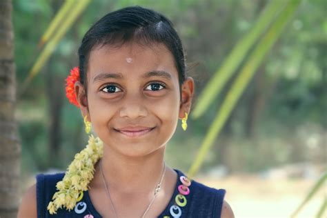 india forums preteen happy face of an indian village girl canon eos 100d