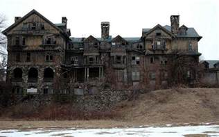 abandoned places in new york abandoned mansion in new york imgur urban decay