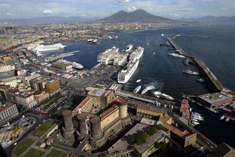 napoli porto beverello albergo a 300 mt dal porto beverello di napoli the fresh