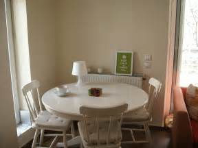 Kitchen Table Setting Ideas by Round Dining Table Set With Leaf Extension Round Off White