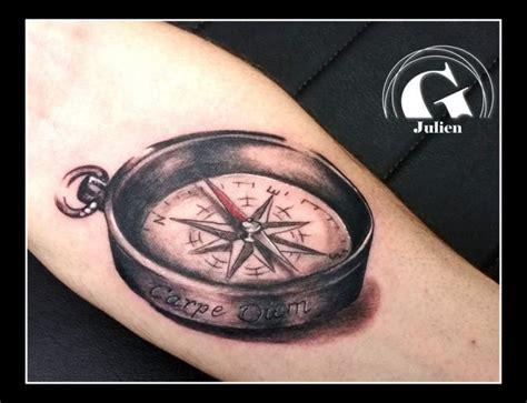 tatouage boussole et rose des vents graphicaderme