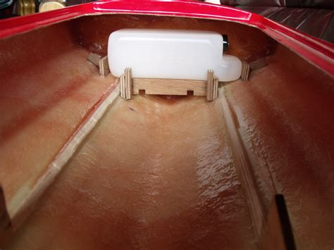 boat gas tank expanding expanding pu buoyancy foam do you use it
