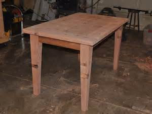 make all from wood make a wooden table that is easily disassembled make