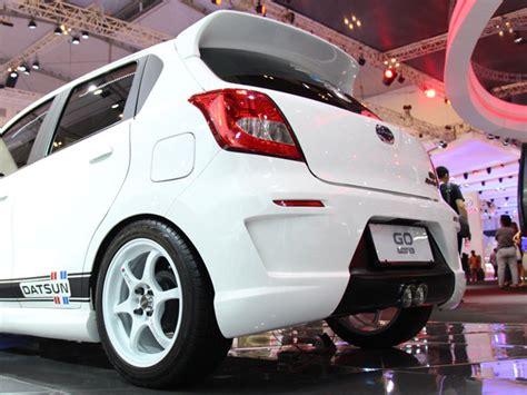 Garnish Belakang Datsun Go Goplus modifikasi datsun fokus untuk harian berita otomotif mobil123