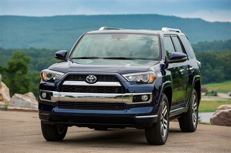 toyota 4runner 2016 toyota 4runner reviews and rating motor trend