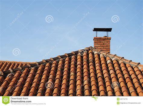 camino tetto immagini stock libere da diritti roof and chimney