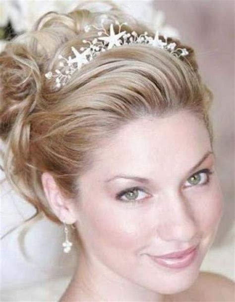 updo for tiarias prom hairstyles with tiaras