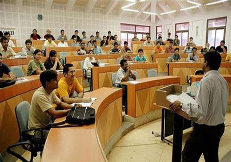 Mba Hr Colleges In Tamilnadu by Iims May Start Awarding Degrees Instead Of Diplomas Iim C