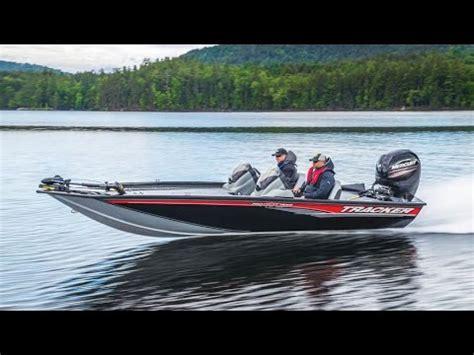 bass tracker boat videos tracker boats 2017 pro team 195 txw mod v bass boat youtube