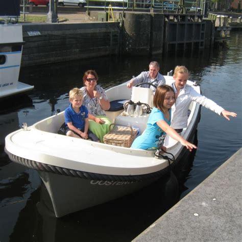 bootje wonen sloepen sloep vollenhove botentehuur nl