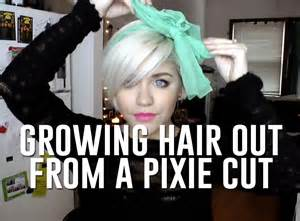 best way to sytle a pixie hair style growing hair out from pixie cut how to cope while lookin