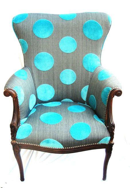 polka dot armchair poltronas coloridas e estilosas encadre 233 posters blog