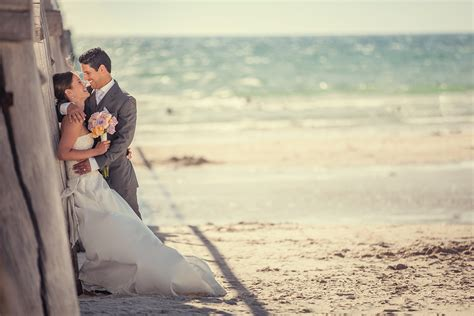 A Wedding Photographer by Tips On Choosing A Wedding Photographer Pasta Vino