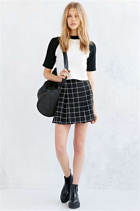 25 best ideas about pleated mini skirt on