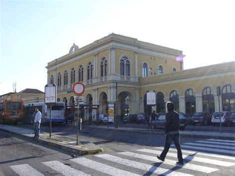 Banca Reale Palermo catania centrale railway station