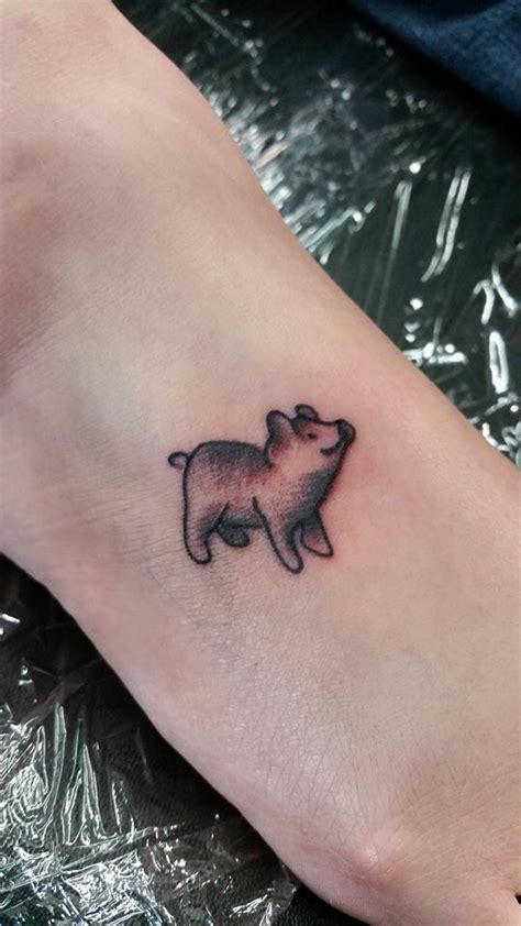 small pig tattoos 70 best pigs tattoos ideas images on piglets