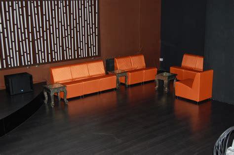 tappezzare un divano rivestire divano quanto costa idee per il design della casa