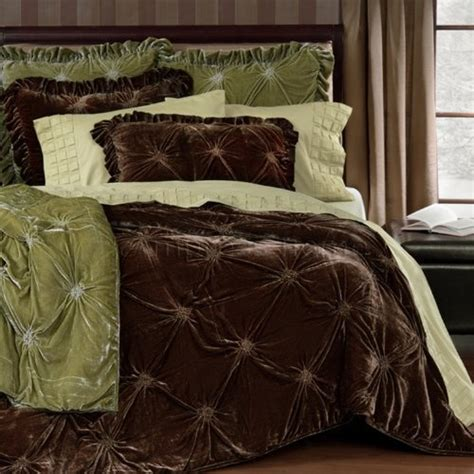 velvet comforter pin by rebecca gipson on house ideas pinterest