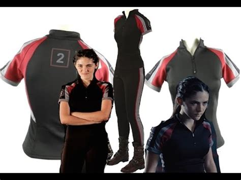 hunger games hairstyles clove training the hunger games clove screen worn training shirt youtube