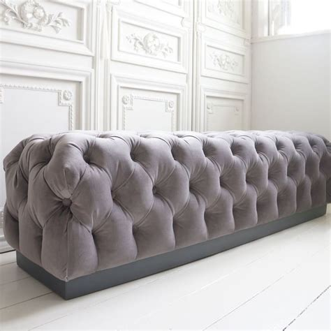 Bedroom Ottoman by 25 Best Ideas About Bedroom Ottoman On Bed