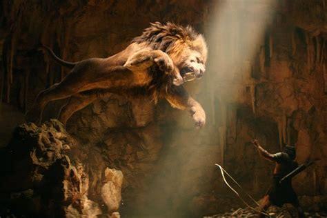film lion vs lion hercules via a graphic novel the new york times