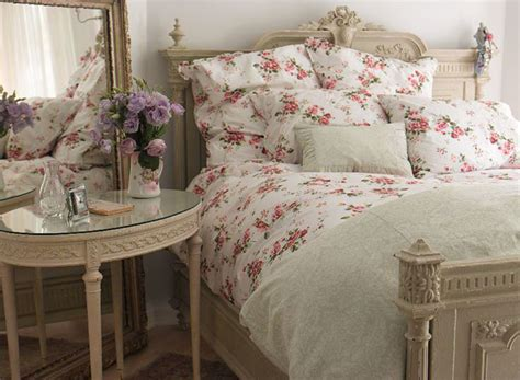 bedding blog pink confessions shabby chic bedroom ideas