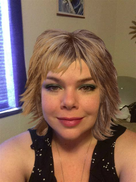 Lisa Rinna Hairstyles   Inkcloth