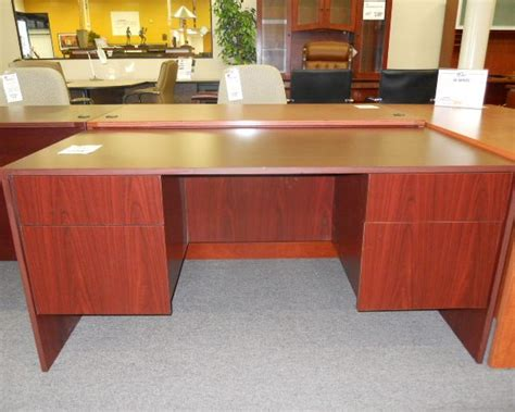 quality new and used office furniture in arizona