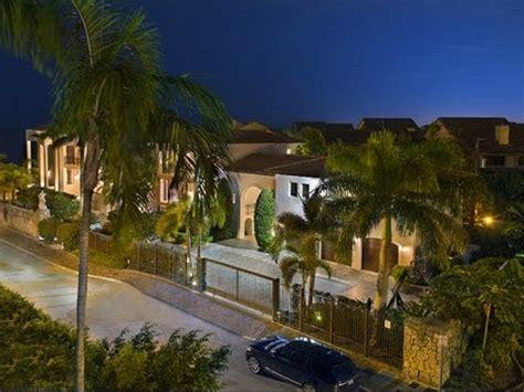 Lebron House Tour On Cribs by Tour Of Lebron Miami Mansion