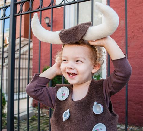 easy diy halloween costume for toddlers bull in a china