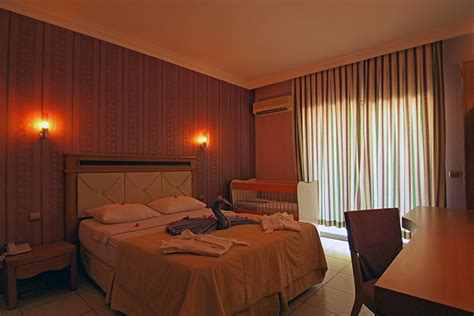 Cosmopolitan Hotel Rooms by 1 Bedroom Family Rooms